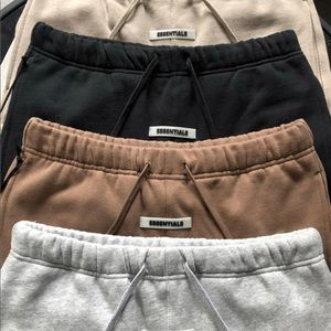 Stunning essentials sweatpants